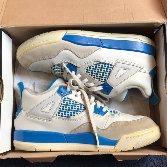 reputable site 429e6 cdfe0 JORDAN RETRO MILITARY BLUE 4s